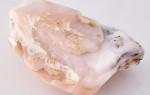Розовый опал — камень цвета утренней зари