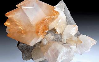 Кальцит — камень, из которого строили Пирамиды