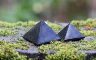 Шунгит — камень, очищающий воду и душу