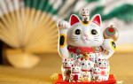 Манеки-неко: японская кошка-талисман