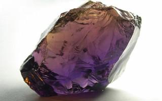 Камень аметрин – двойной минерал. Кому он подойдет?