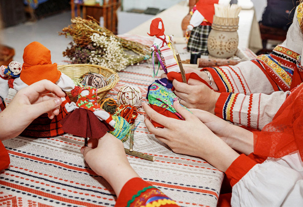 Изготовление кукол оберегов
