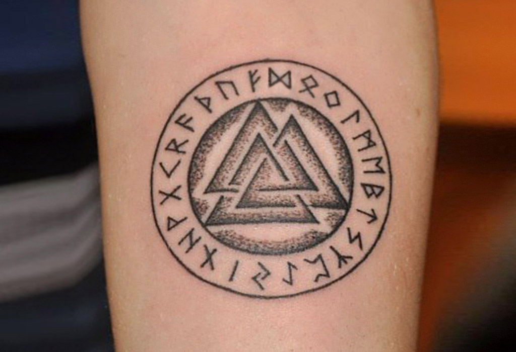 Images of Valknut Tattoo Flash - #rock-cafe