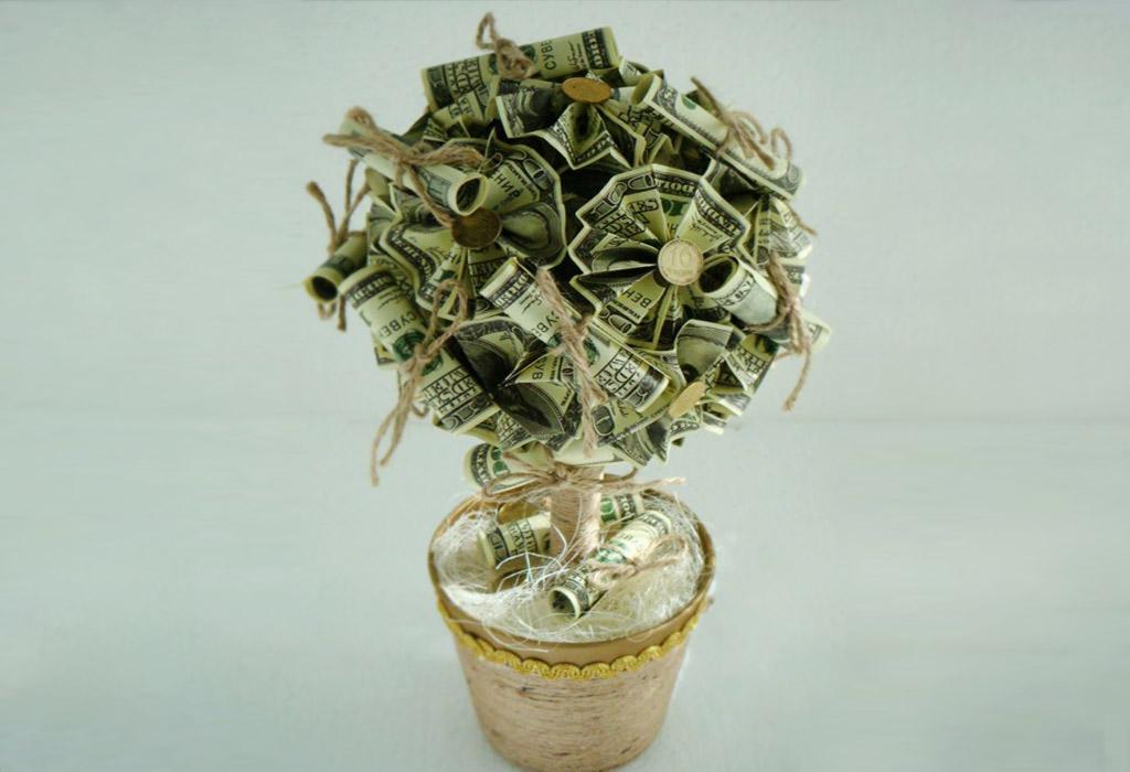 Топиарий из денежных банкнот