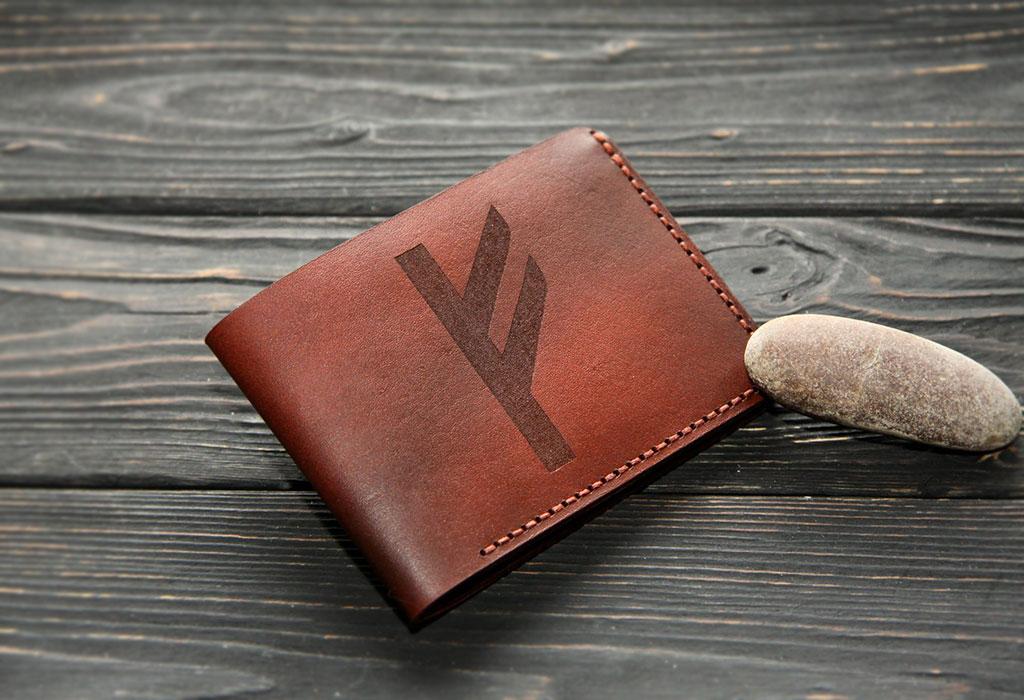 Бумажник с руной Феху