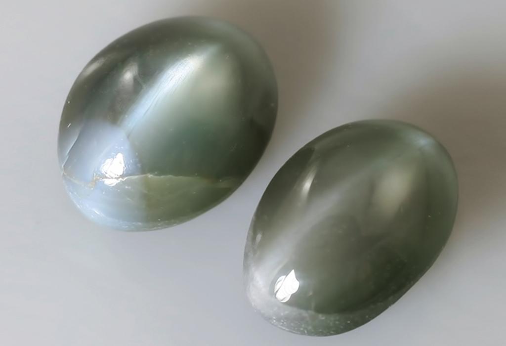 Серый камень кошачий глаз