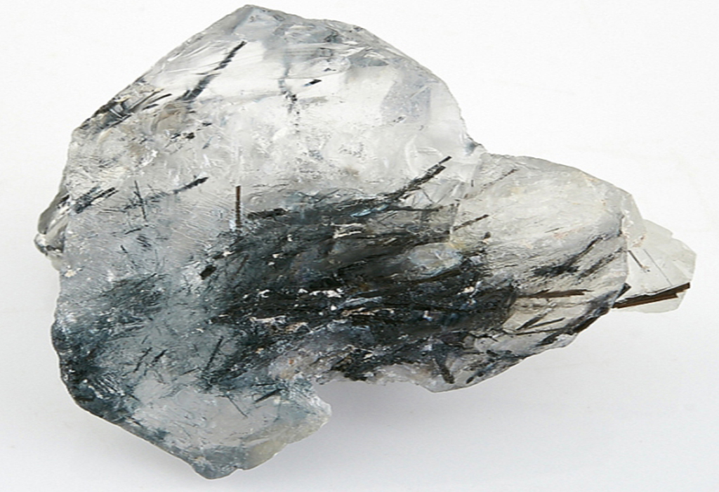 Турмалиновый кварц